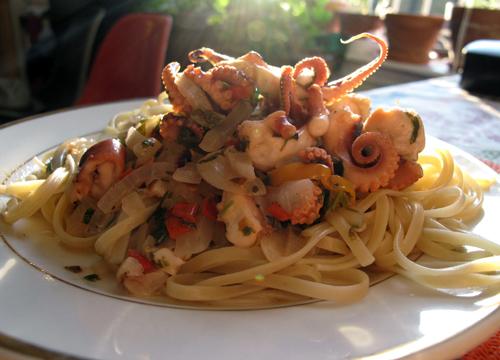 octopus-pasta